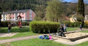 Turnunterricht im Freien
